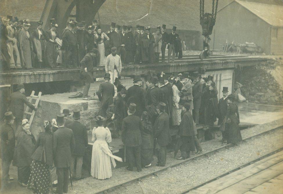 1885_crane_4.jpg