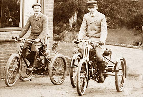 1897'98_De_Dion_Bouton_Tricycles.jpg