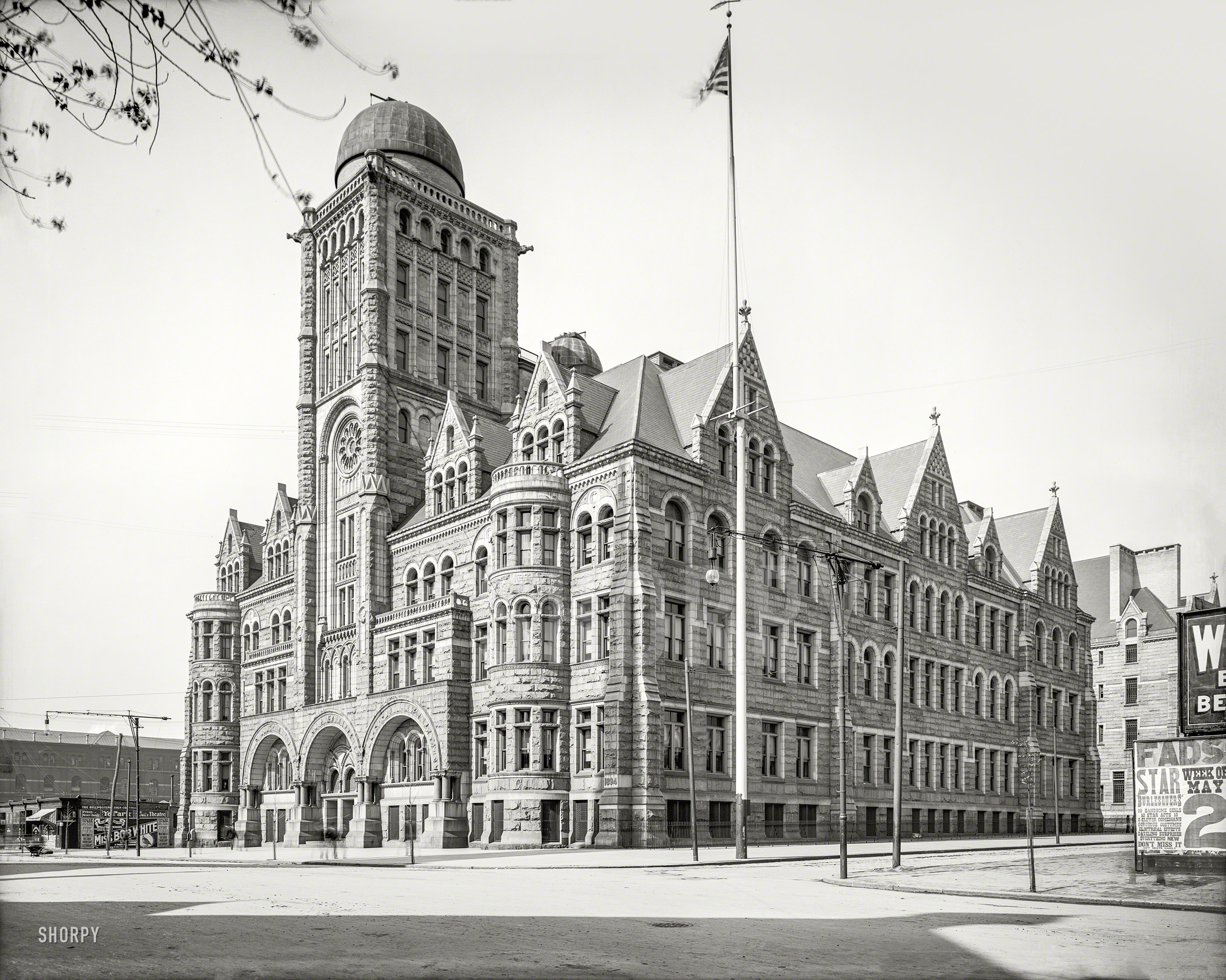 1904 Boys' High School, Philadelphia.jpg