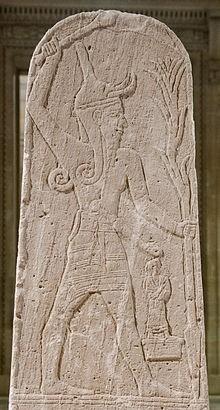 Baal_thunderbolt_Louvre.jpg