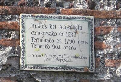 ChapultepecAqueductPlaque.jpg