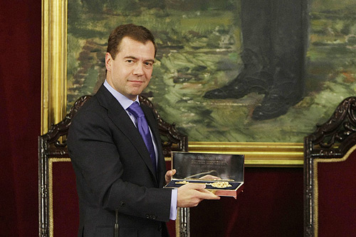 Dmitry_Medvedev_in_Spain_2_March_2009-8.jpg