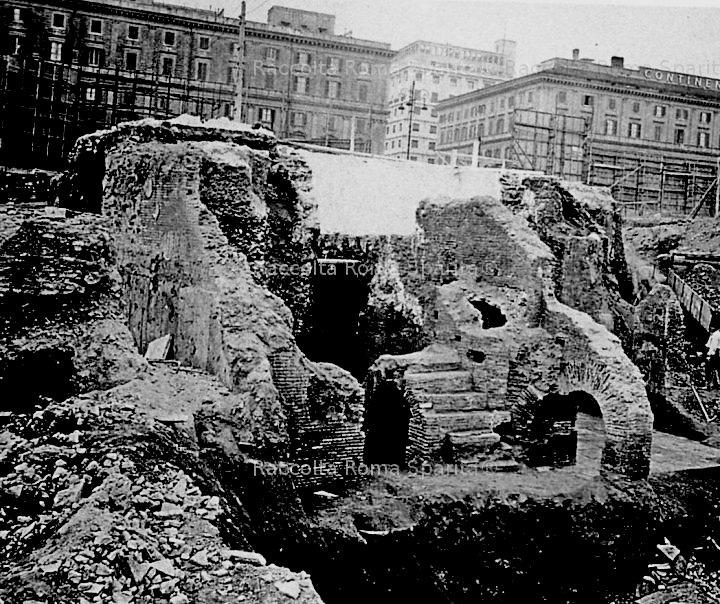 Excavation_Rome_12.jpg