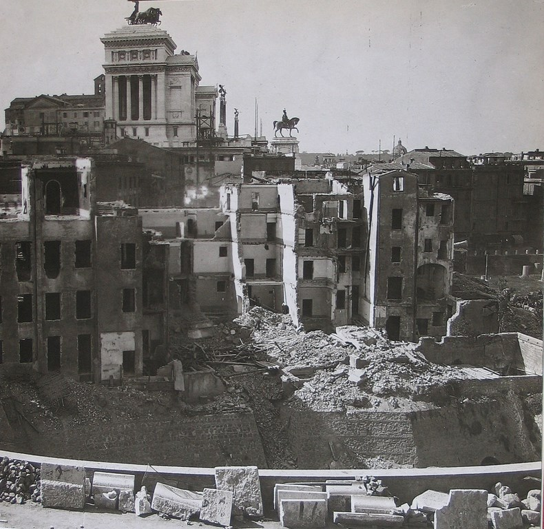 Excavation_Rome_15.jpg