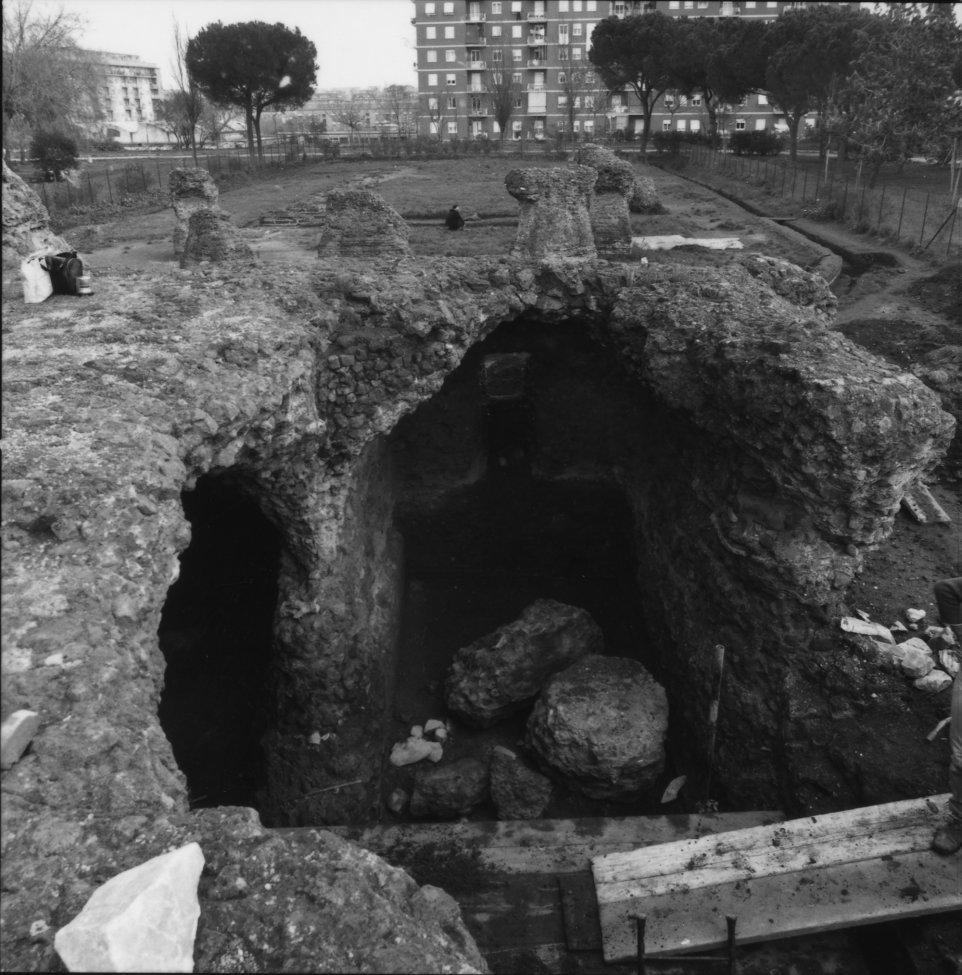 Excavation_Rome_20.jpg