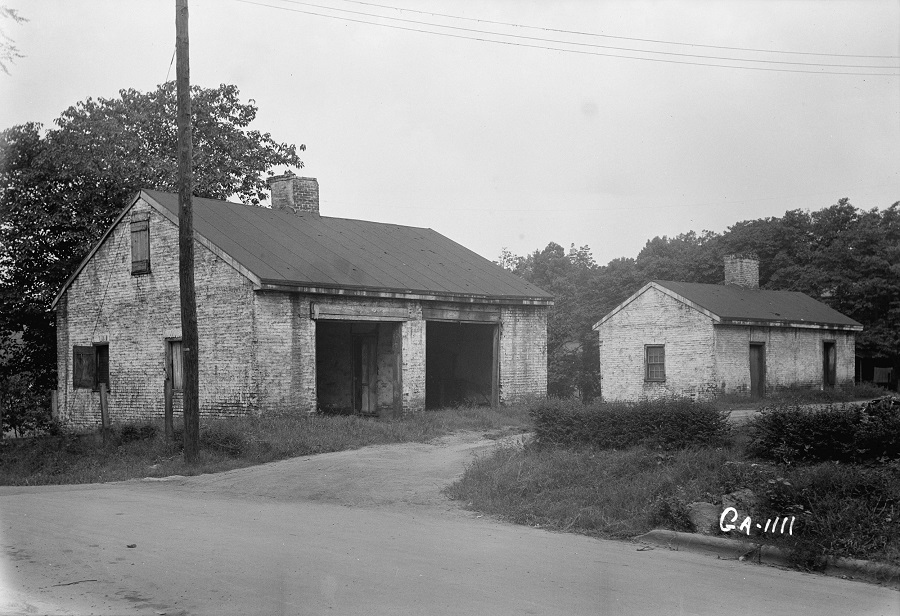 Jerusalem_Lutheran_Church_outbuildings_at_Ebenezer.jpg