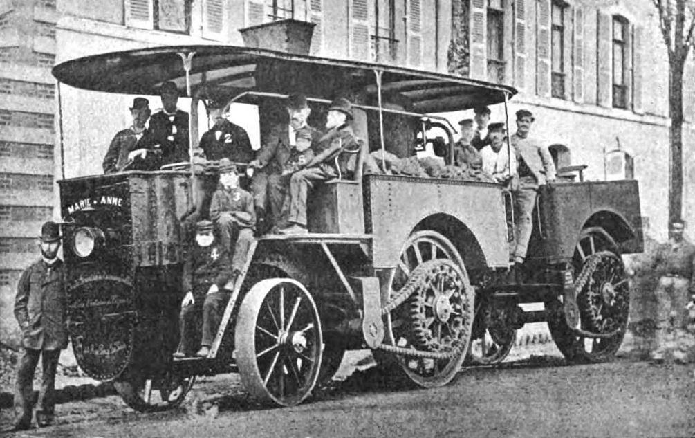 La_famille_Bollée_en_1879_à_bord_de_La_Marie-Anne_à_vapeur.jpg