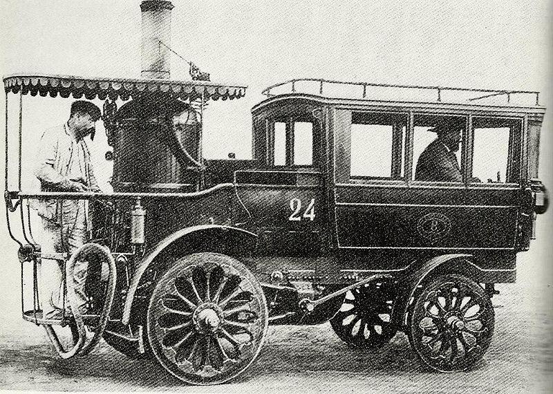 'La_Nouvelle',_voiture_à_vapeur_d'Amédée_Bollet_en_1880.jpg