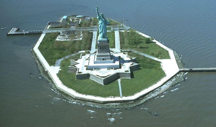 Liberty_Island.jpg