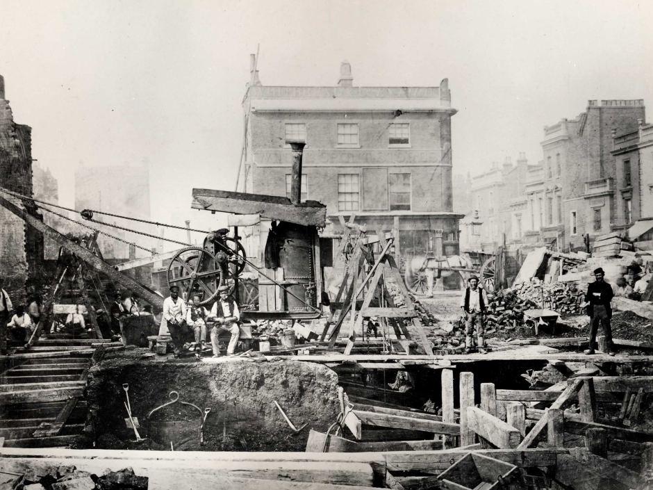 London_tube_construction.jpg