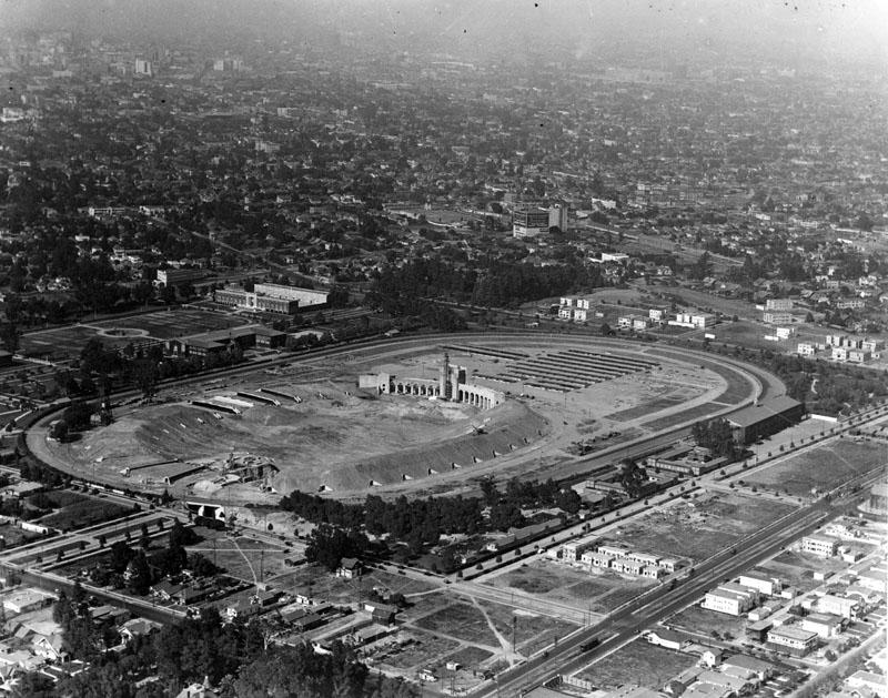 Los_Angeles_Memorial_Coliseum.jpg