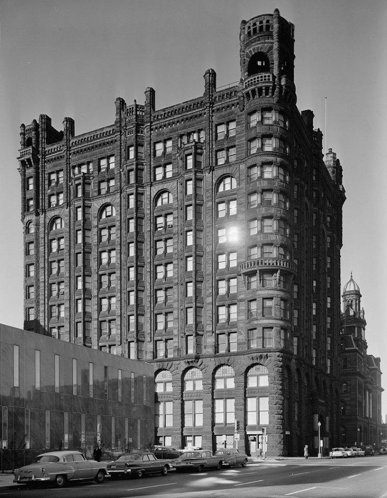 Metropolitan_Building_Minneapolis.jpg