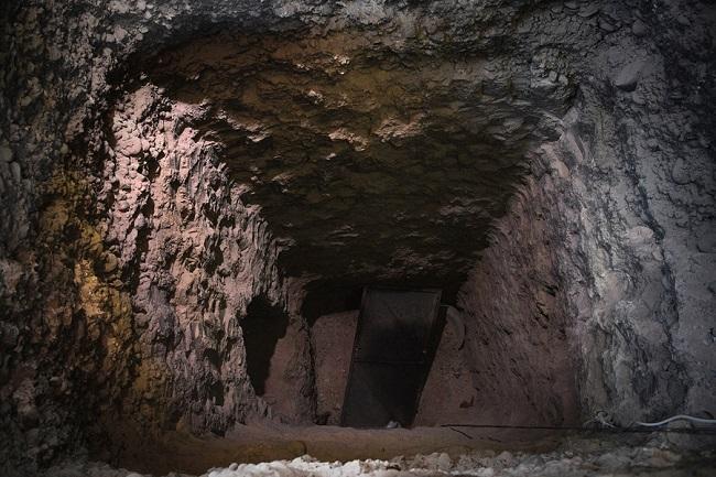 mosul_tunnel_1.jpg