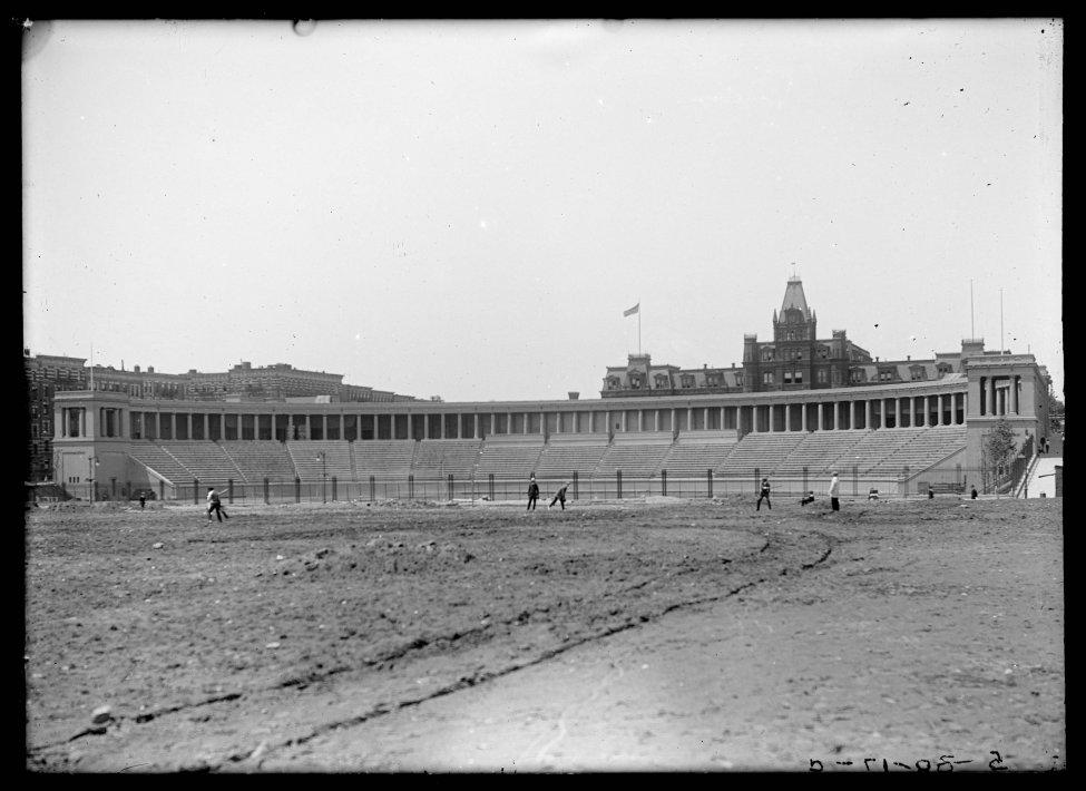 NYC_stadium_1917.jpg