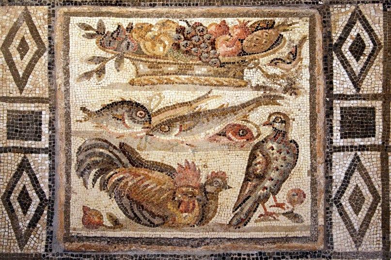 Pineapple_pompeii.jpg