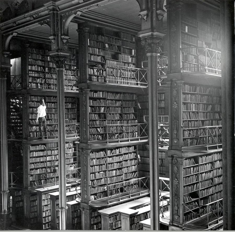 Public Library of Cincinnati & Hamilton County, built in 1874.jpg