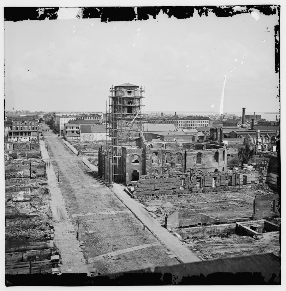 Ruins of the Circular Church in Center - Charleston, SC, April 1865.jpg