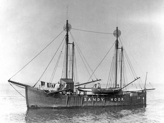 Sandy Hook Lightship - 3.jpg