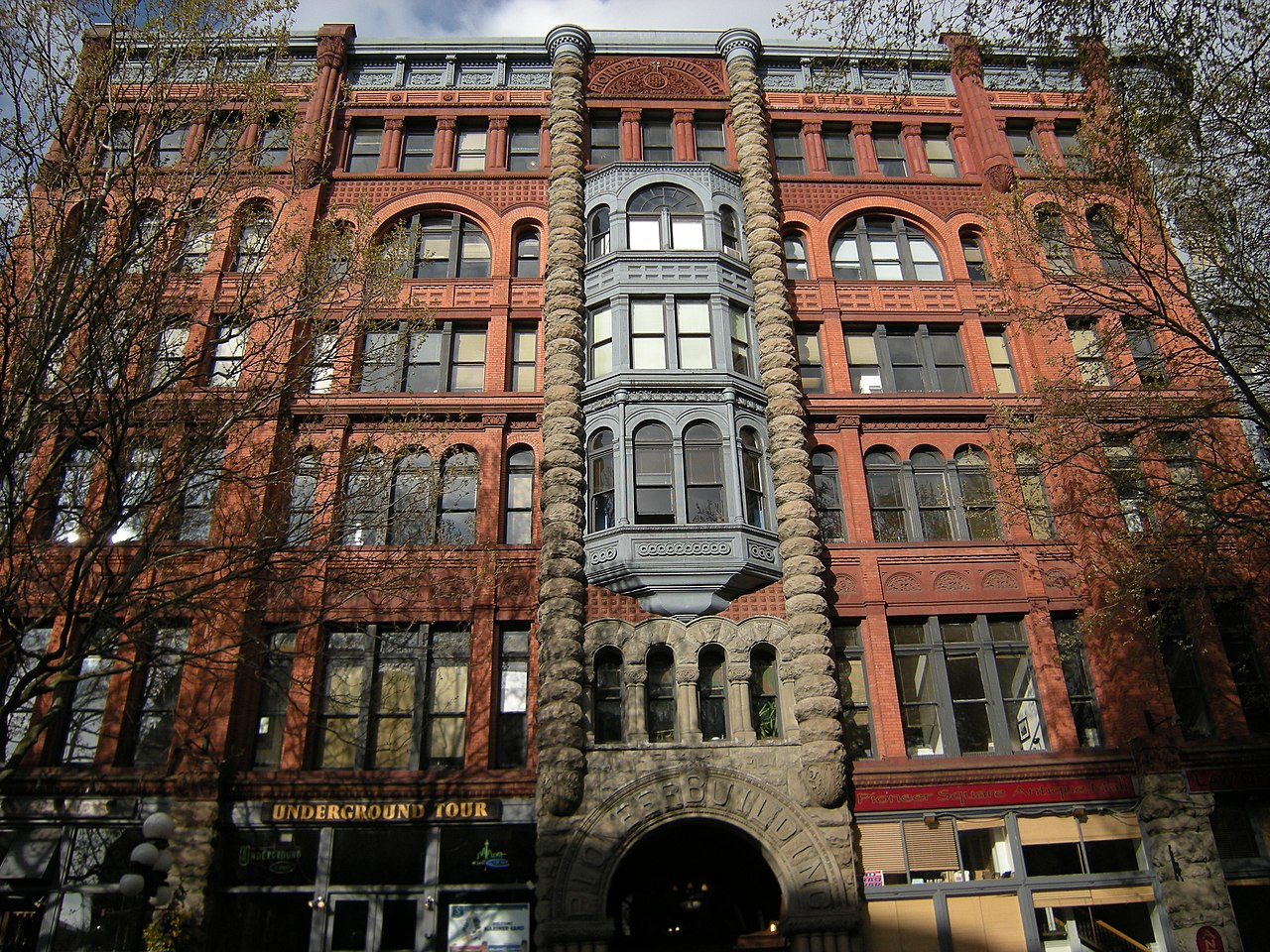 Seattle_-_Pioneer_Building-1.jpg