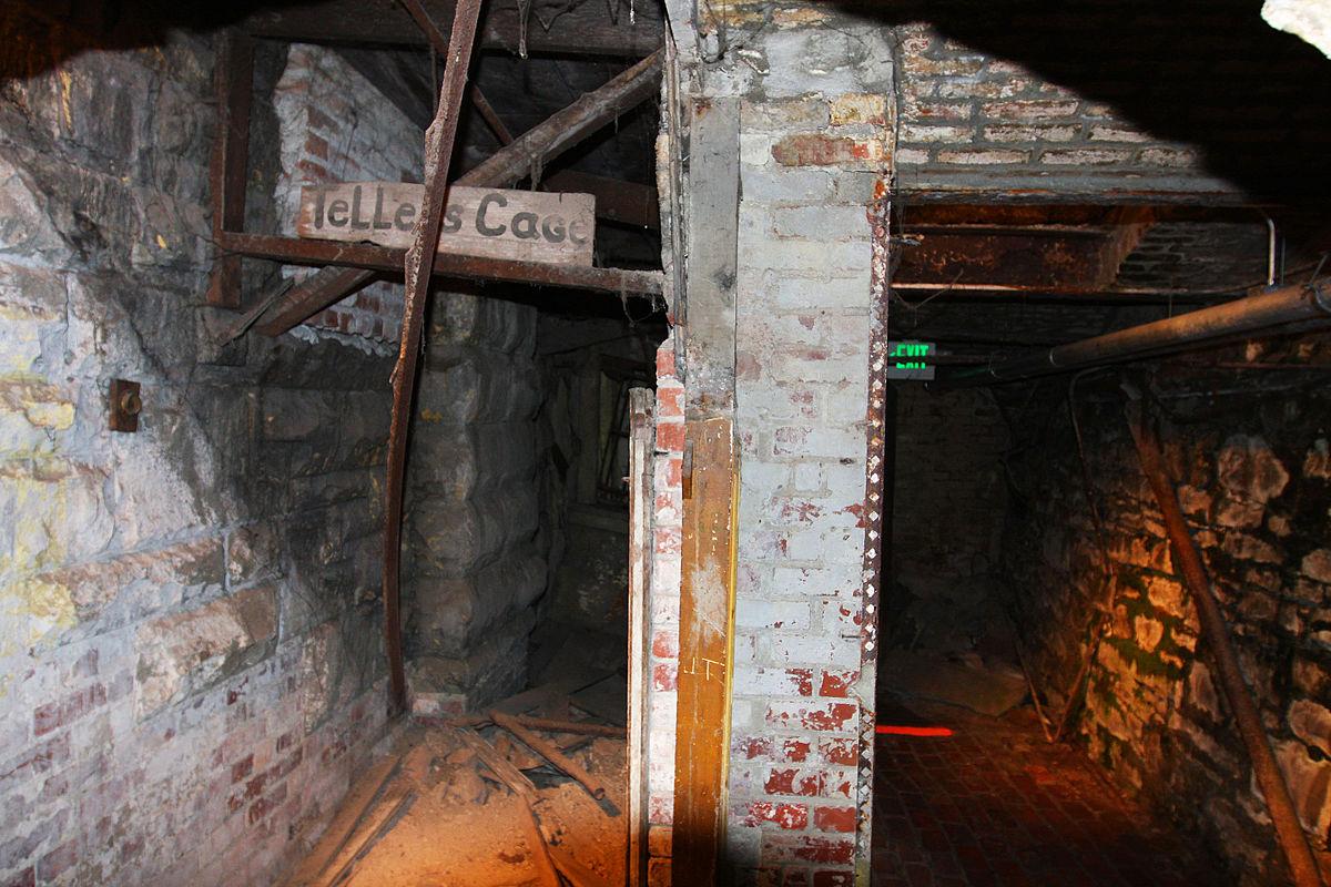 seattle_underground_7.jpg