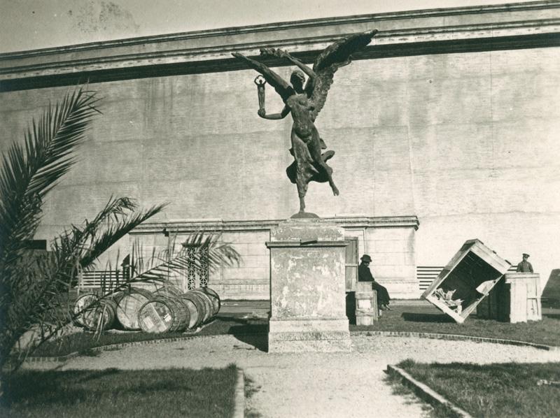 Statue outside Italian building.jpg