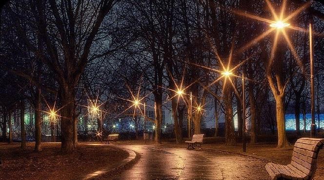 street_lights_2.jpg