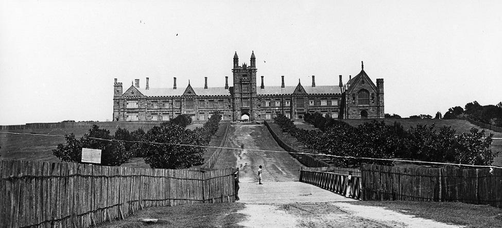 Sydney-University-NSW-1870.jpg