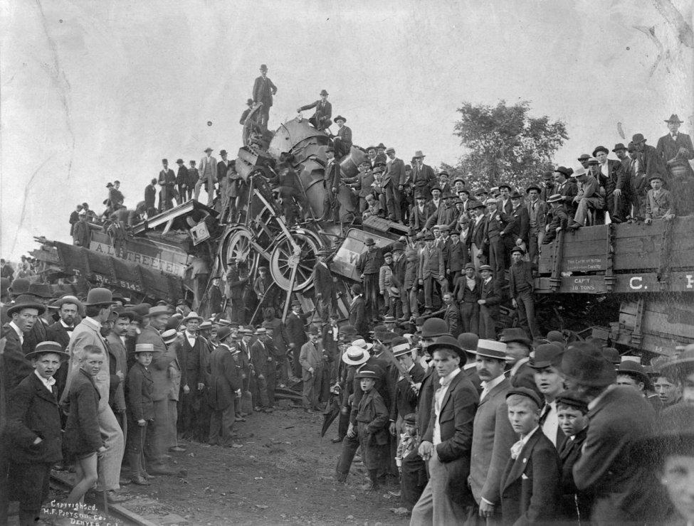 train-wreck-3.jpg