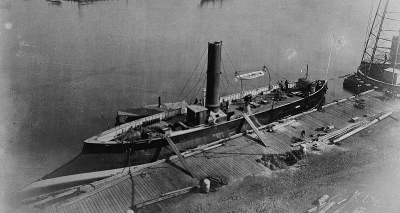 USS_Alarm_(1874-1898)-1.jpg