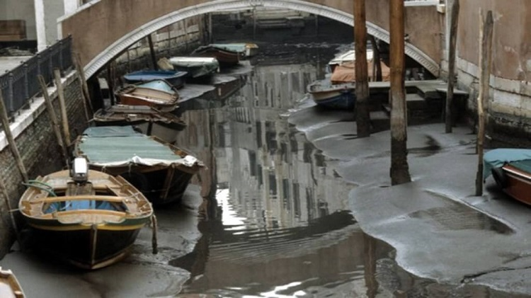 venice_with_no-Water_1.jpg