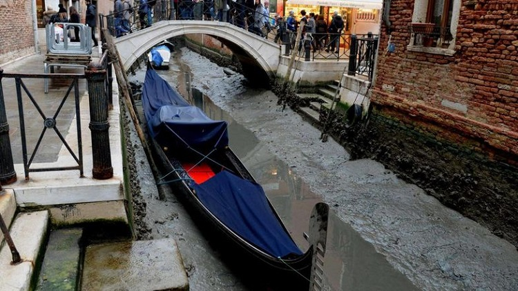 venice_with_no-Water_2.jpg