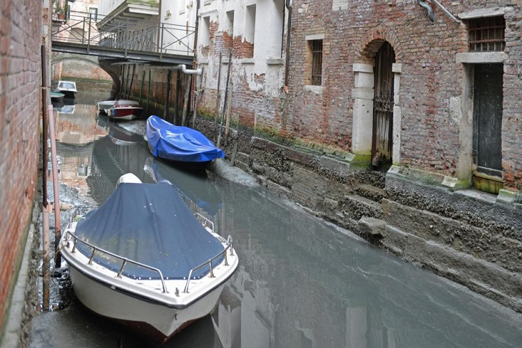 venice_with_no-Water_4.jpg