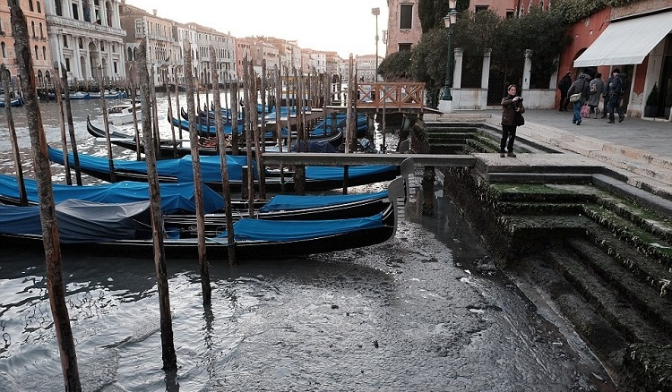 venice_with_no-Water_5.jpg