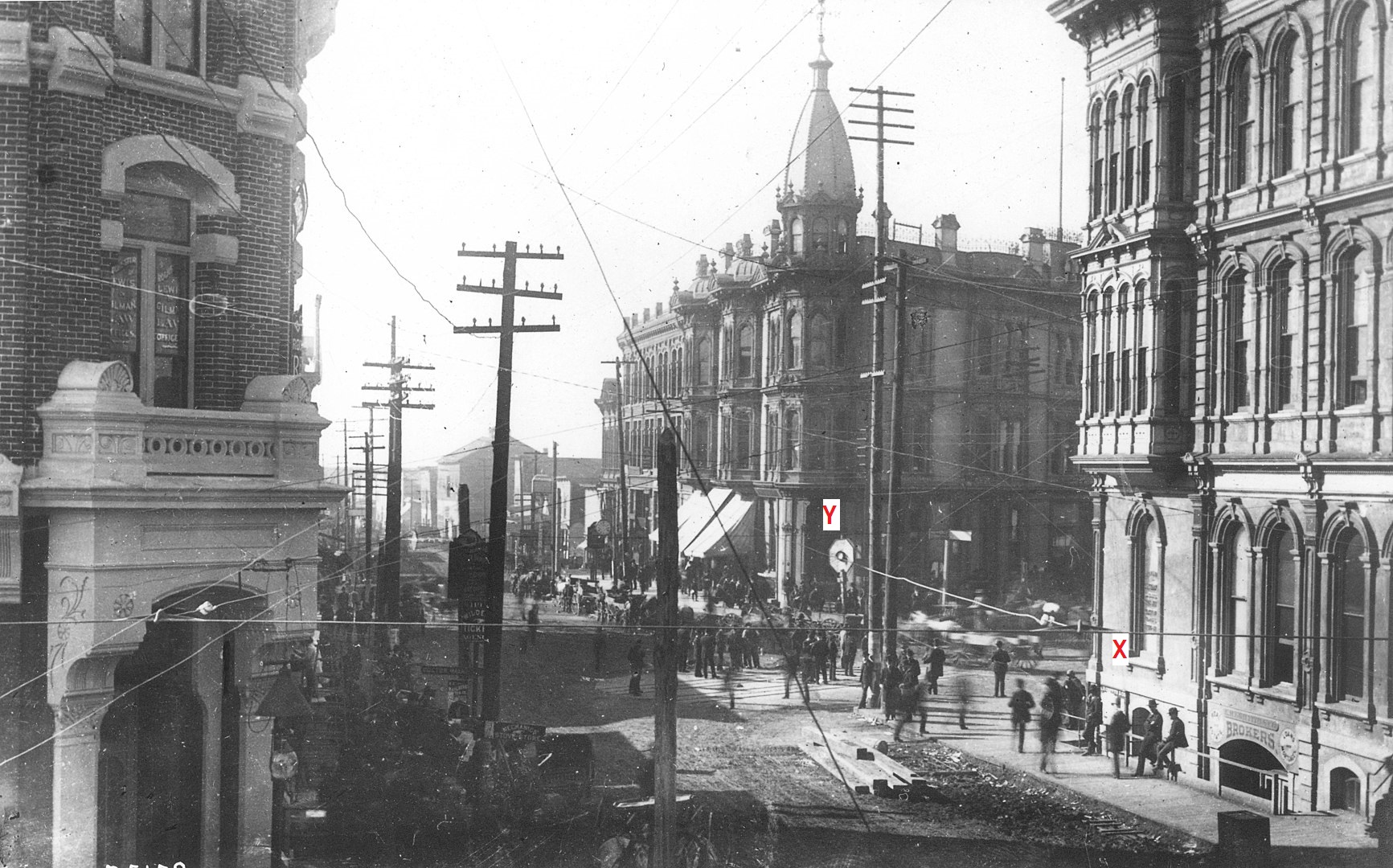 Yesler_Way_looking_west_from_1st_Ave,_June_5,_1889-1.jpeg